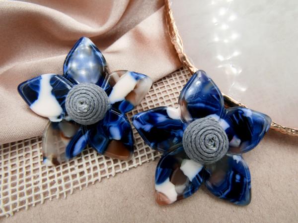 Arete Flor Mosaico azul Nurhia Accesorios