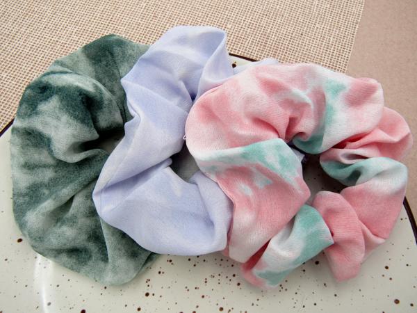 Srunchie Tie Dye Nurhia Accesorios